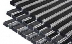 Придверная решетка Gidrolica Step резина/текстиль/скребок, 390*590*20 мм